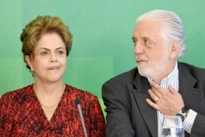 Dilma Rousseff e Jaques Wagner (Evaristo Sá/AFP)